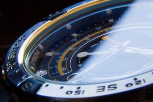 watch-893256_1280